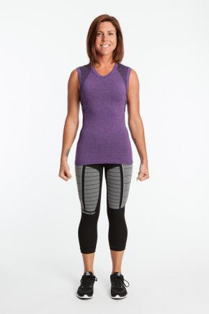 2.0 Sleeveless Heathered Form Fit