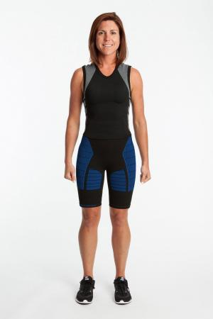 4.0 Women's MAX Compression Shorts 3/4 (Mid Rise Waist) Inseam Measurements Below Under Tech Specs